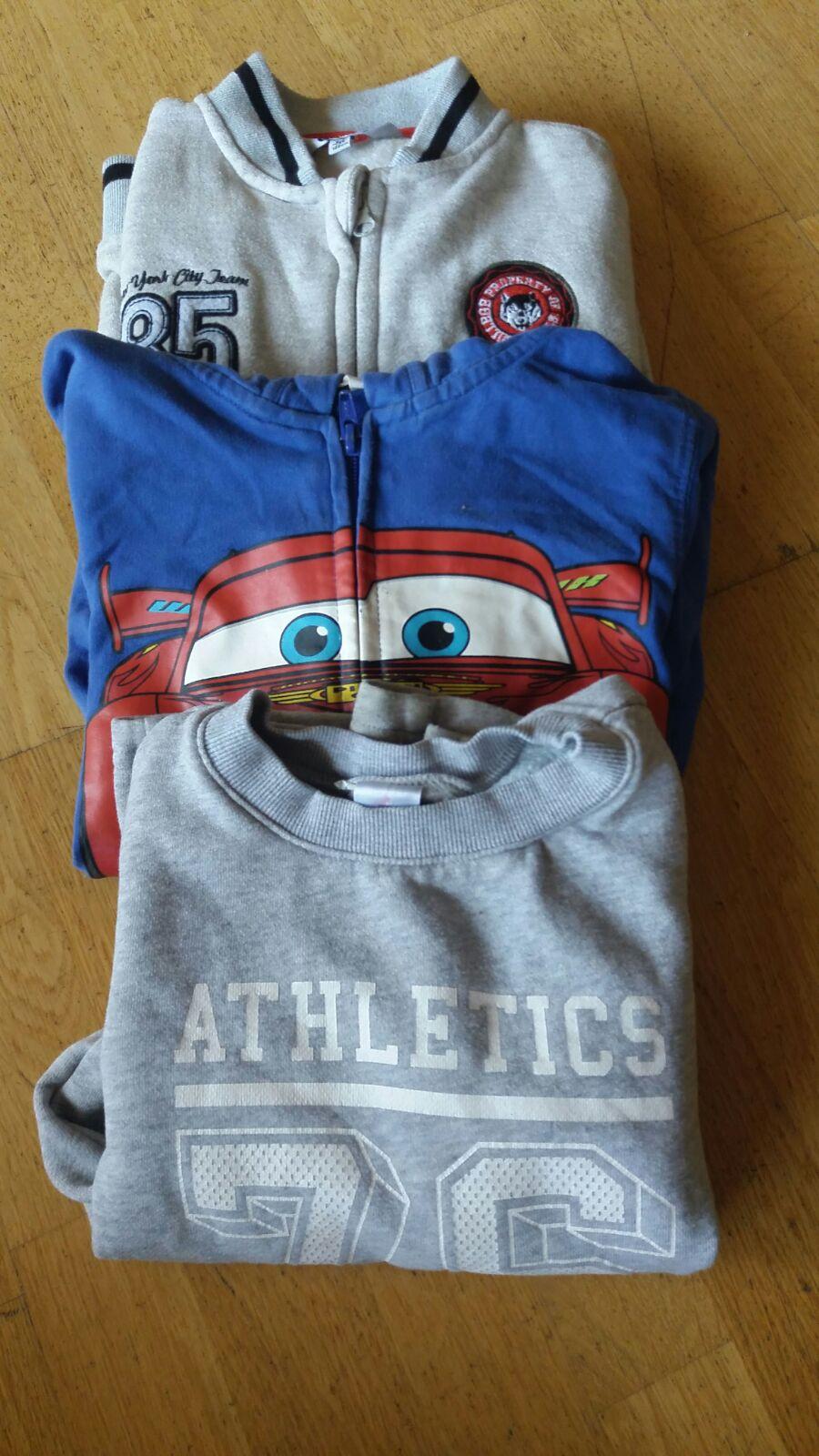 tres jerseis de 6 anys
