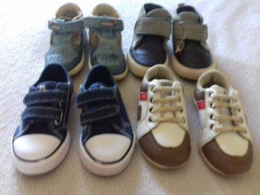 4 parells de sabates nº22