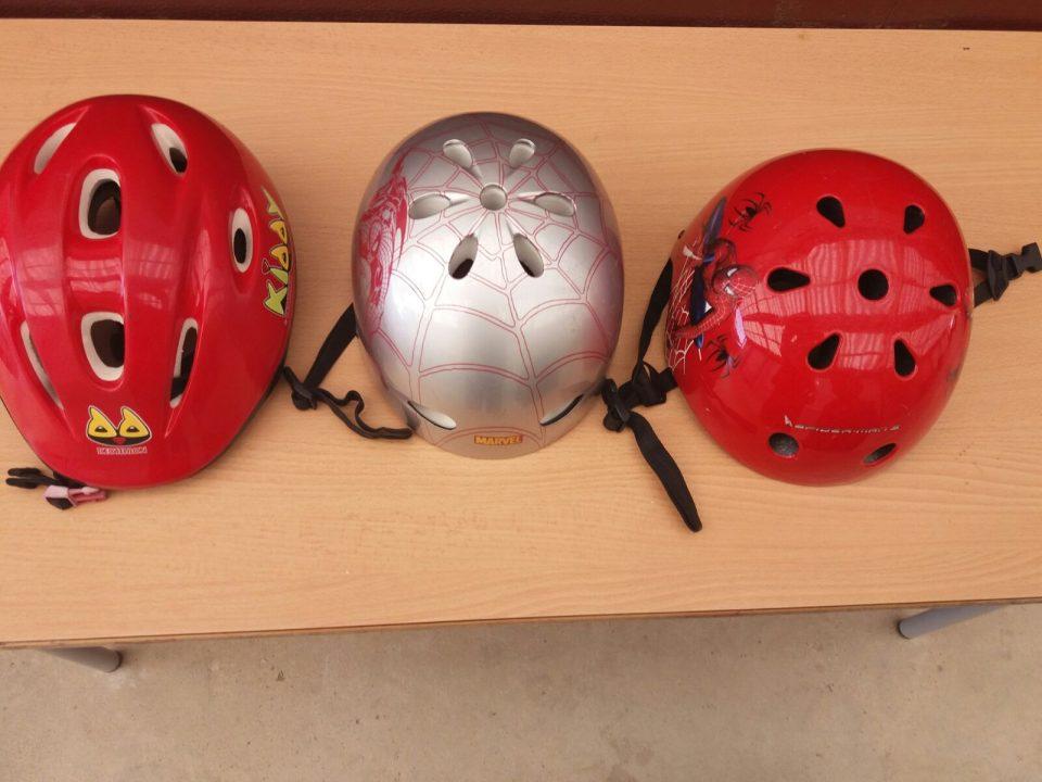 cascs de bici de diferents mides