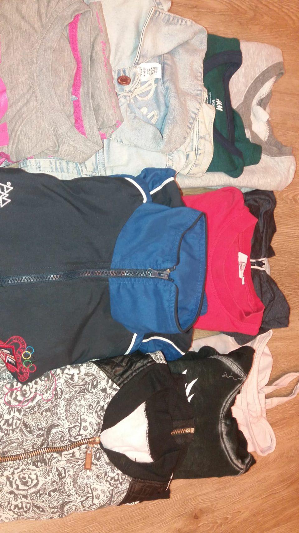lot de roba de 6-8 anys