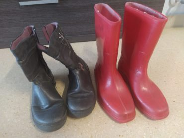 Botes d'aigua i botins